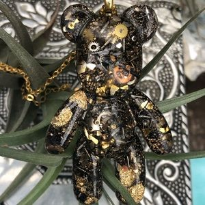 Steampunk resin bear handmade cog clock pieces
